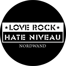 "Button ""Love Rock Hate Niveau"""